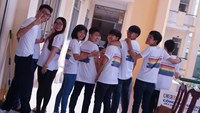 Students pose in LGBT T-shirts at Nguyen Viet Hong High School, Can Tho City. Photo: Lam Ngoc