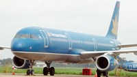 Vietnam Airlines aircraft returns to Hanoi after losing cabin pressure