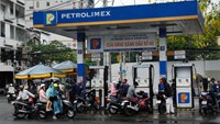 A Petrolimex gas station in Ho Chi Minh City. Photo: Bloomberg