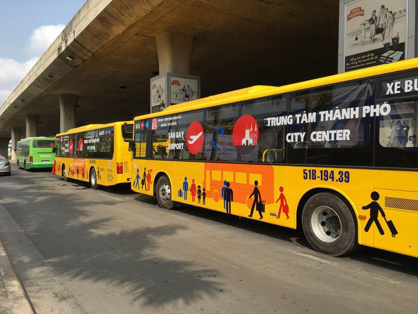 New buses line up at Tan Son Nhat International Airport, Ho Chi Minh City. Photo: Minh Nam
