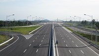 Vietnam seeks private investment for $721 million highway