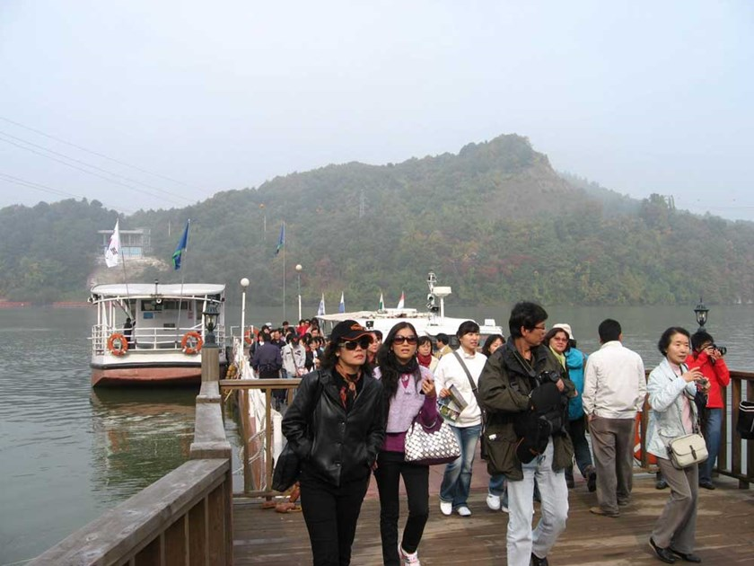 Vietnamese tourists in South Korea. Photo: Doan Xuan Hai