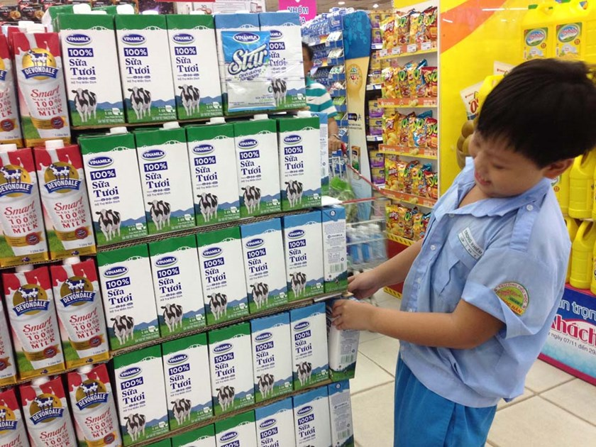 A shelf of fresh milk products in a Ho Chi Minh City supermarket. Photo: Diep Duc Minh