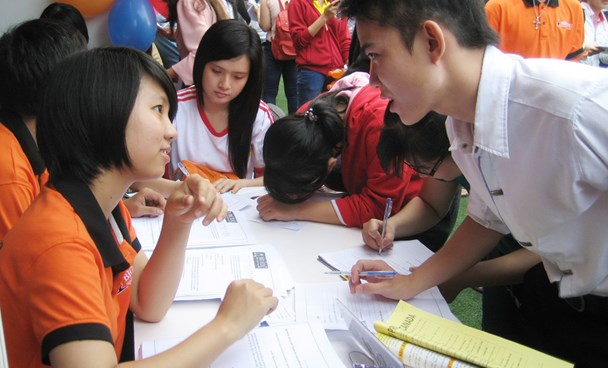 A file photo of a job fair in Ho Chi Minh City. Photo: Dao Ngoc Thach