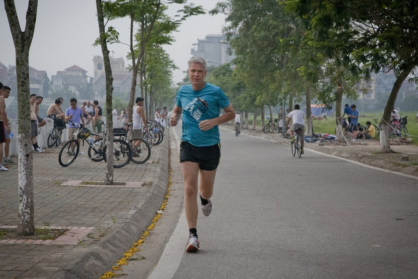 Danish Ambassador to Vietnam John Nielsen runs to prepare for the Vietnam Mountain Marathon 2014 .
