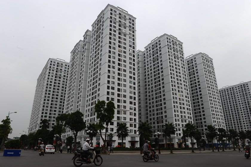 As banks increase lending to property sector, fear of bubble returns