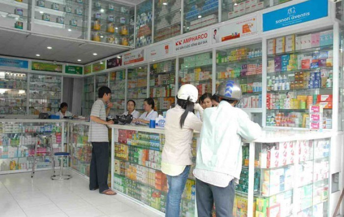 In Vietnam, people find it very easy to buy drugs, whether antibiotics or cough medicines, from drugstores without a doctor's prescription.
