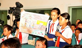 Vietnamese children express wishes about school, family life at provincial forum