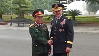 US General Dempsey visits Vietnam to boost military ties