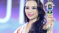 Youngest contestant crowned new Miss Vietnam