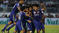 Young players inject strong start to new Vietnam league season