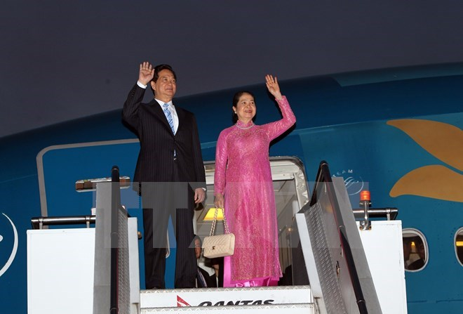 Vietnam's Prime Minister Nguyen Tan Dung and his wife arrive in Sydney, Australia on March 16, 2015. Photo credit: Vietnam News Agency