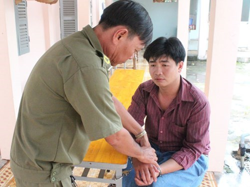 Nguyen Duong Minh Nam, one of the dog theft suspects, was arrested on Saturday. Photo: Do Truong