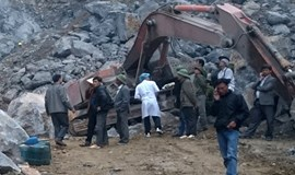 Quarry collapse claims 5 lives in central Vietnam