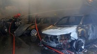 8 luxury cars burnt in Saigon garage fire