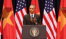 In Hanoi, Obama calls for peaceful settlement of South China Sea disputes