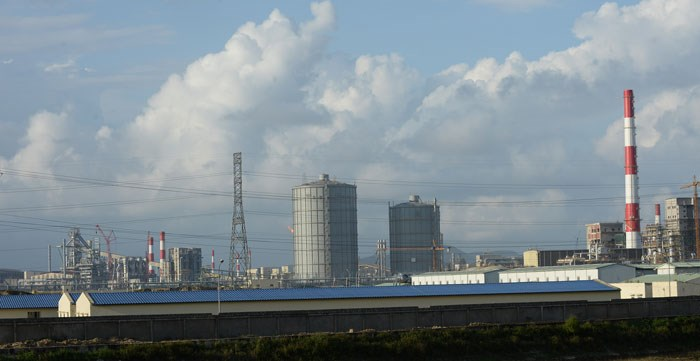 A photo taken on December 3, 2015 shows the main part of Taiwanese conglomerate Formosa's steel mill in Ky Anh District in the central coastal province of Ha Tinh. Photo credit: AFP