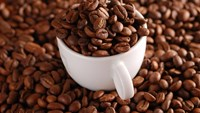 Vietnam's coffee discount doubles after advance in futures price