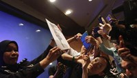 Malaysia air force chief denies saying lost plane tracked to west