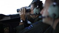 Search for Malaysian jet grows, Australia appoints oversight body