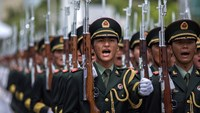 Combat-ready China military seen as Xi's goal in graft battle