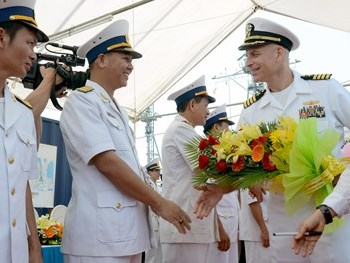 US navy renews call for ship visits to Vietnam