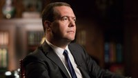 New Cold War may emerge in Ukraine crisis, Medvedev says