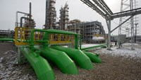 Russia-China deal seen damping LNG prices as output rises