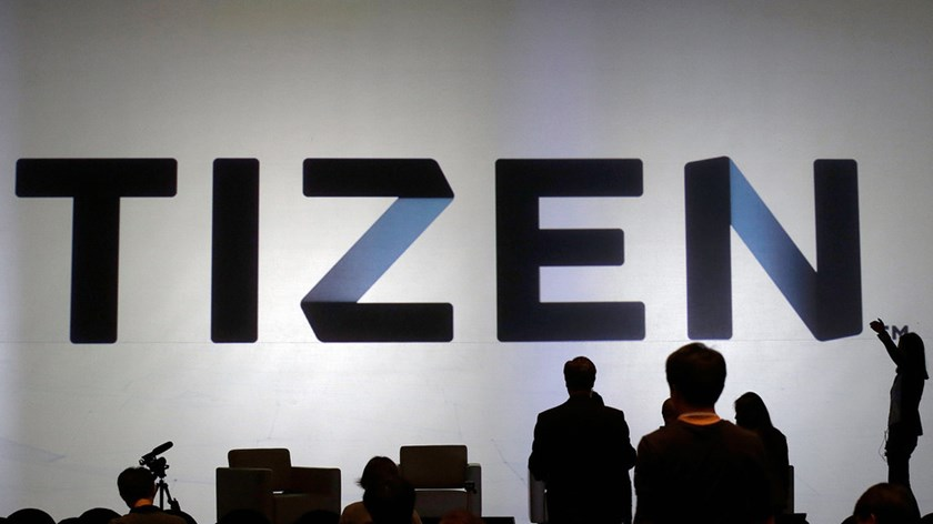 Samsung unveils first smartphone using Tizen system