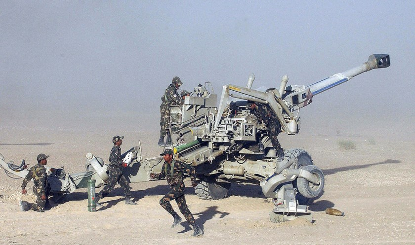 Indian soldiers load a Sweedish made Bofors artillery gun during an Exercise at Pokhran. Indian manufacturers are seeking to replicate a weapon Sweden designed three decades ago.