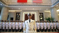 A military honor guard prepares for U.S. Chief of Naval Operations Adm. Jonathan Greenert's visit with Commander in Chief of the China's navy Adm. Wu Shengli at a welcome ceremony at the latter's navy headquarters outside of Beijing Tuesday, July 15, 2014