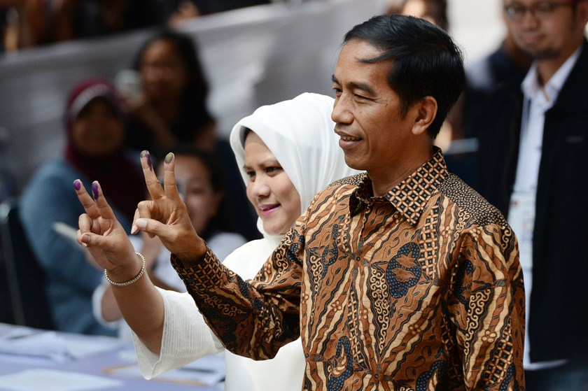 Jakarta Governor Joko Widodo is on course to become the first leader without ties to the Suharto era.