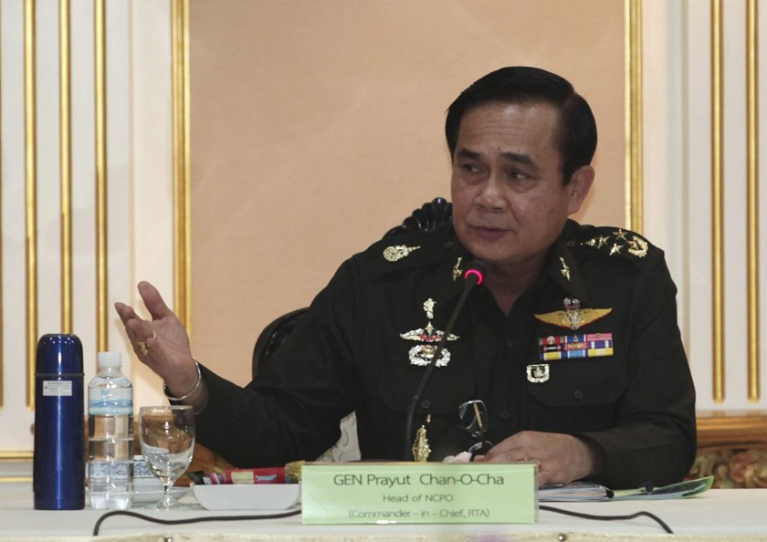 Thai Army chief General Prayuth Chan-ocha speaks during a meeting with members of the International Chamber of Commerce at the Royal Thai Army Headquarters in Bangkok June 19, 2014.