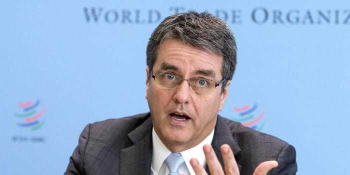 World Trade Organization (WTO) Director-General Roberto Azevedo gestures during a news conference on world trade in 2013 and prospect for 2014 in Geneva April 14, 2014.