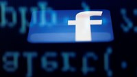 Student starts global class action against Facebook