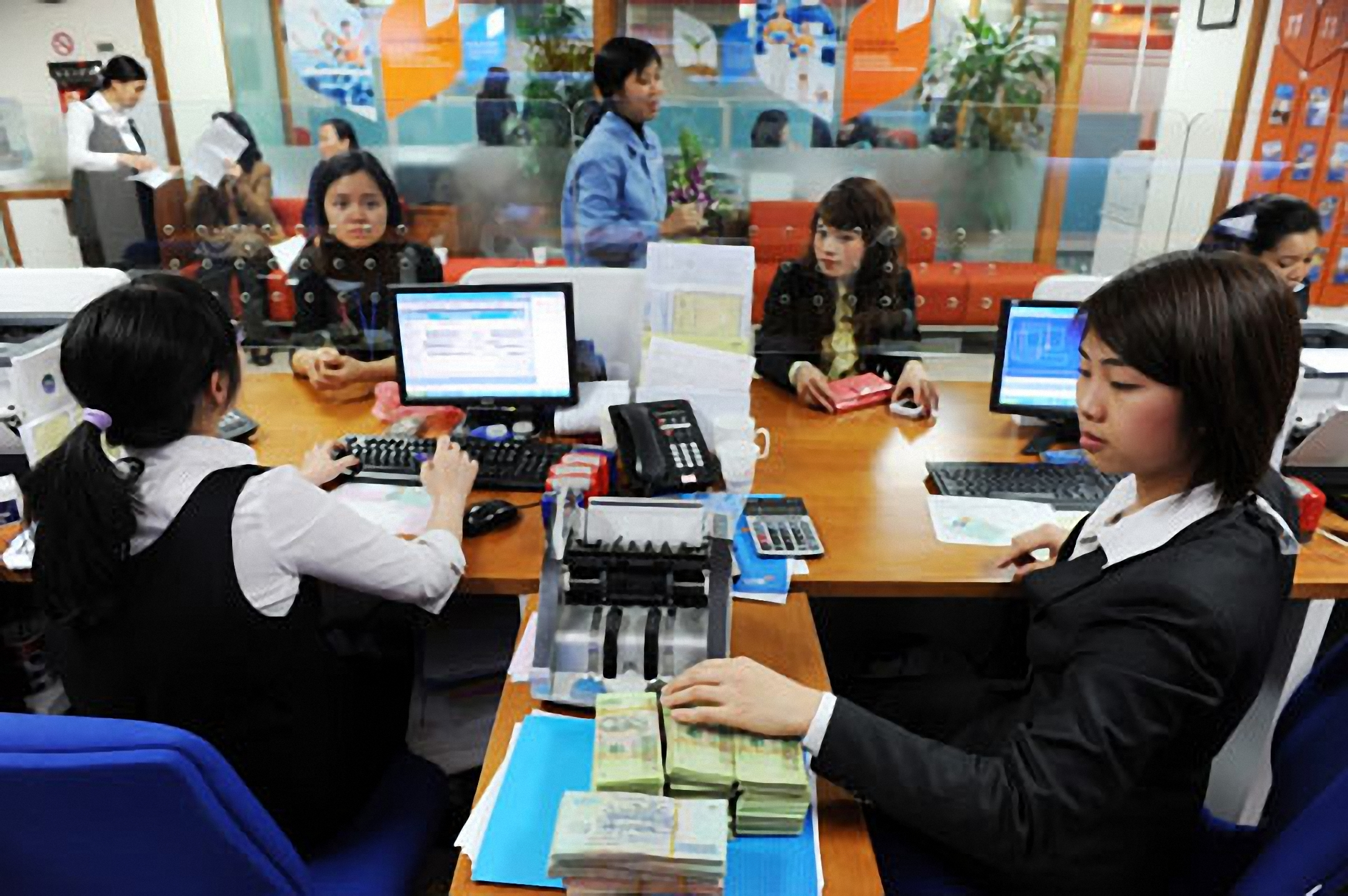 Frontier funds buying Vietnam as growth revives