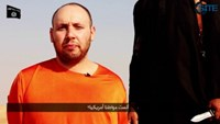 Islamic State issues video of beheading of U.S. hostage