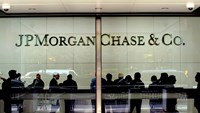 Hackers who stole gigabytes of data from JPMorgan may have been trying to send a messagethat U.S. financial institutions can be disrupted, the formerdirector of the NSA said.