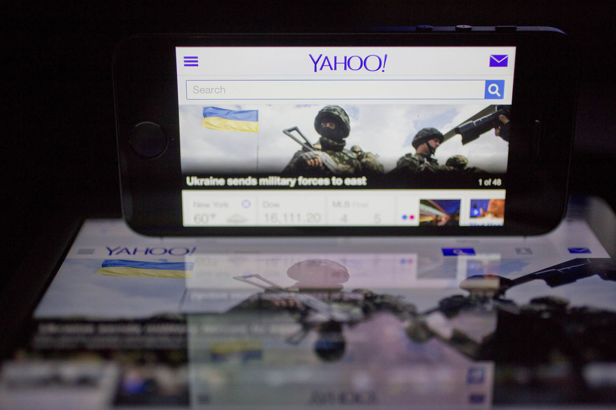 Yahoo faced $250,000-day fine for not giving U.S. user data