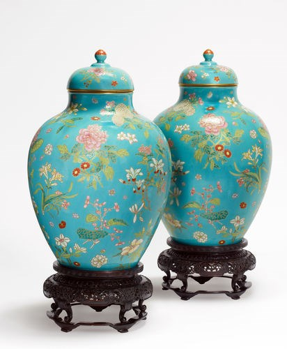 A pair of Chinese porcelain vases, which were estimated at $10,000 to $15,000, fetched $1.2 million at Doyle New York.