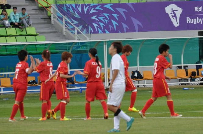 Women's football: Vietnam beats Hong Kong 5-0; to play archrival Thailand