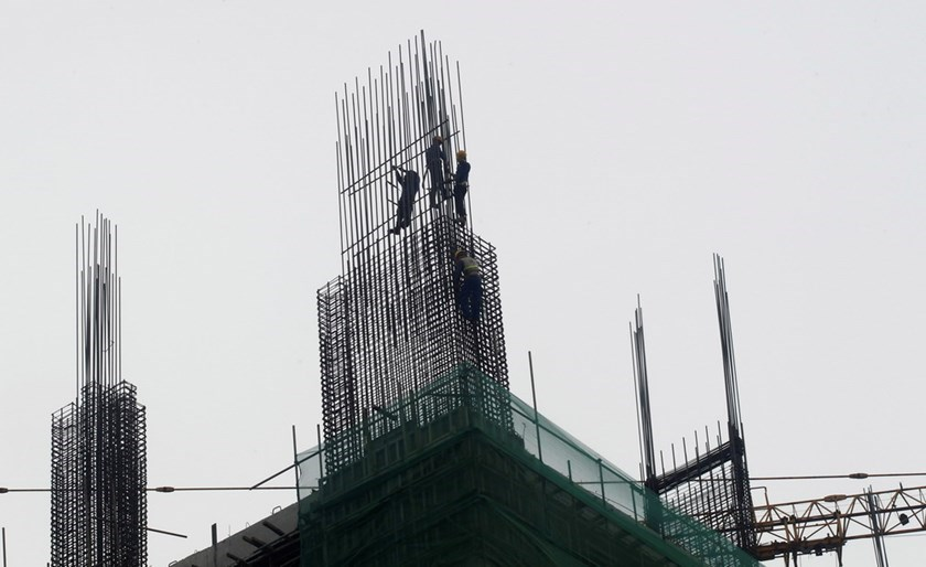 A construction site in Hanoi. Local steel firms are expecting an early end of their business as the government considers allowing Russia to export steel at zero tariffs in Vietnam. Photo: Reuters