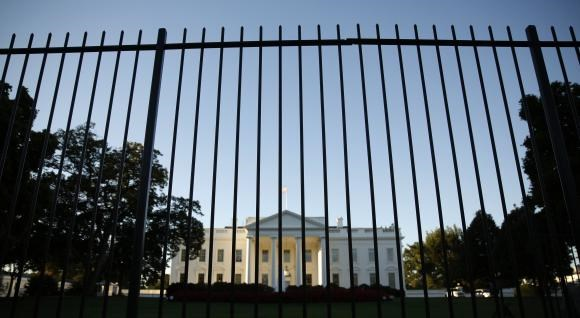 The White House seen from outside the north lawn fence in Washington September 22, 2014.