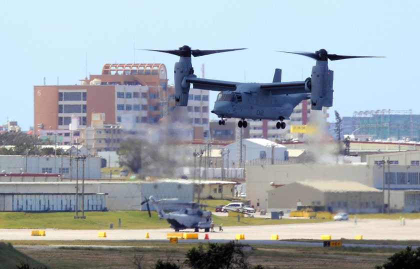 An U.S. aircraft MV-22 Osprey lands the U.S. Marine Corps Futenma Air Station in Ginowan, Okinawa, Japan, on Oct. 1, 2012.