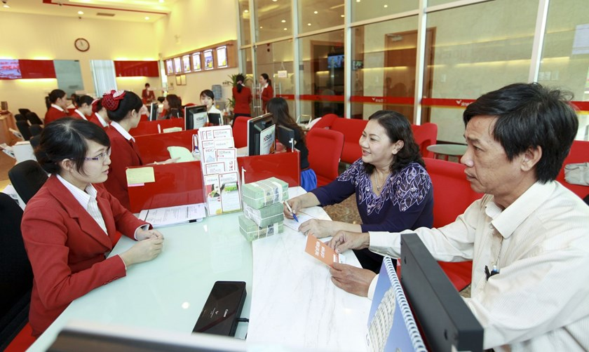 Vietnam caps bank credit for stock investment at 5 pct