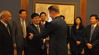 Vietnam-Russia pacts: PetroVietnam chairman Nguyen Xuan Son (middle, left) with Gazprom chief executive Alexei Miller
