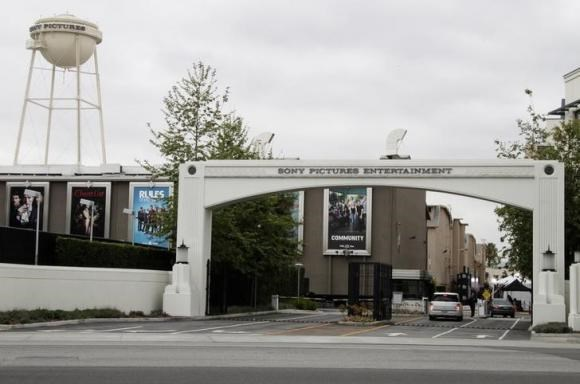 An entrance gate to Sony Pictures Entertainment at the Sony Pictures lot is pictured in Culver City, California April 14, 2013.