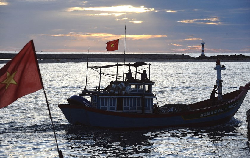 This picture taken on Aug. 11, 2012 shows a fishing boat leaving Ly Son Island off the central province of Quang Ngai, Vietnam, for a fishing trip.