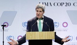 Kerry feels heat on Keystone oil pipeline at U.N. climate talks