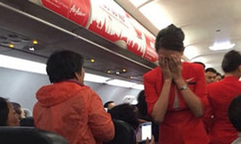 Thai flight forced to return by unruly Chinese passengers